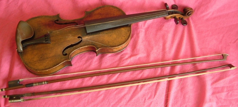 violin and bows